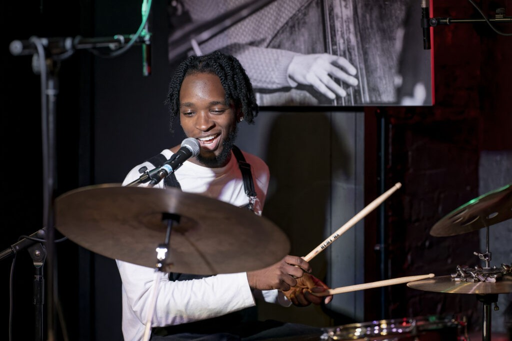 Jon Onabowu Trio